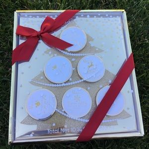 Other - NWT festive body butter fragrance holiday collecti